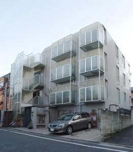 ★中野富士見町 白タイル貼りマンション★